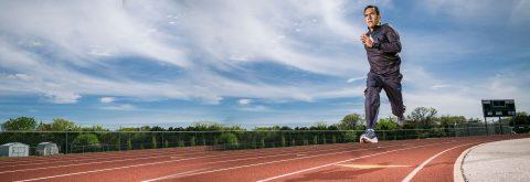 Material elastic pentru piste atletice